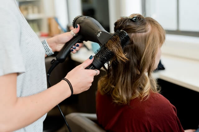 Common Factors to Consider While Choosing a Hair Salon